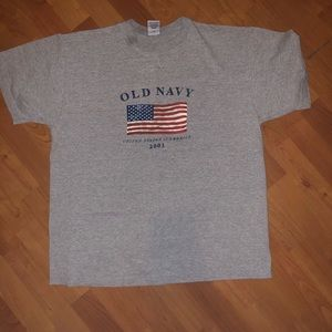 Old Navy 2001 United States of America Flag Tshirt
